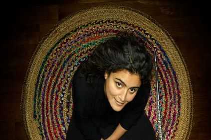 Naïssam Jalal : » Sur terre, comme en musique, Je suis convaincue que les frontières n'ont pas de légitimité «